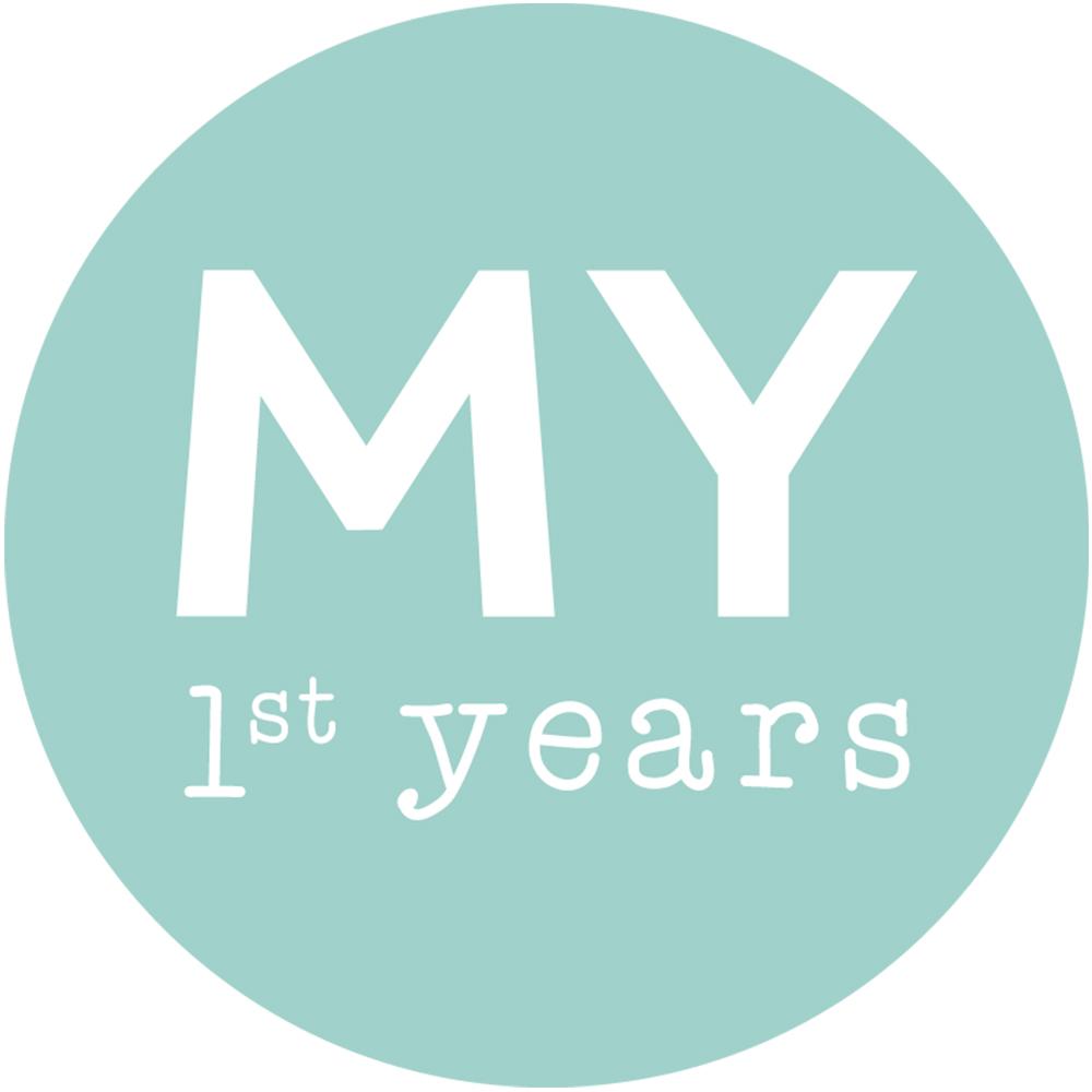 Personalized Monochrome Baby Milestone Blanket Model